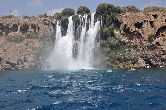 Waterfalls & Sican Island Tour